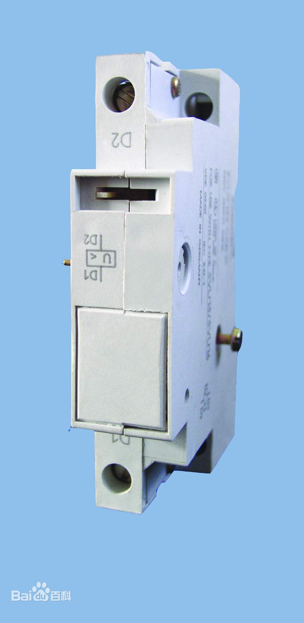 电力参数测量及电能计量为一体,提供通讯接口与计算机监控系统连接