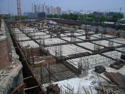 现浇混凝土_2,gbf薄壁方箱现浇混凝土空心楼盖施工技术